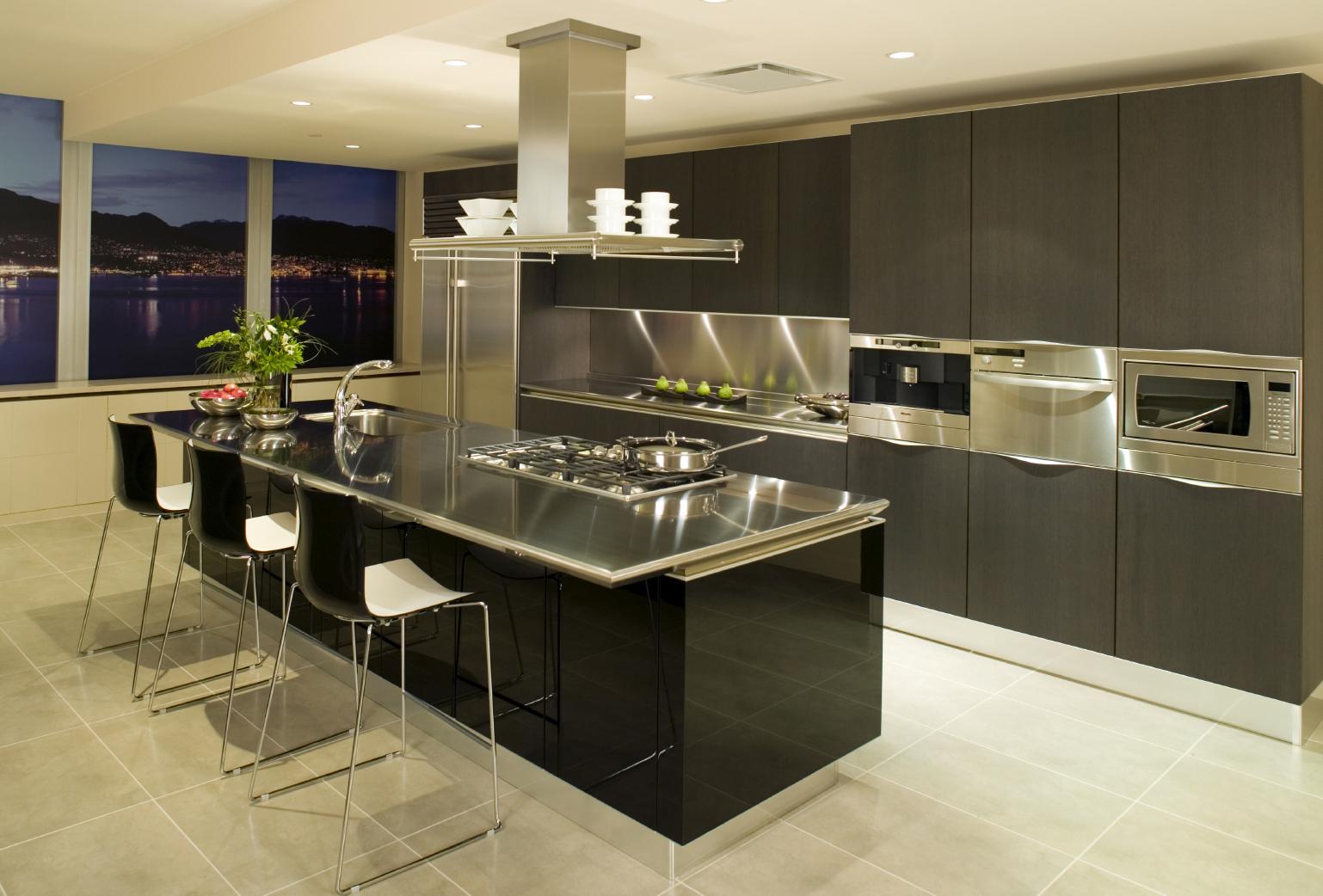 Дизайн и интерьер кухонь